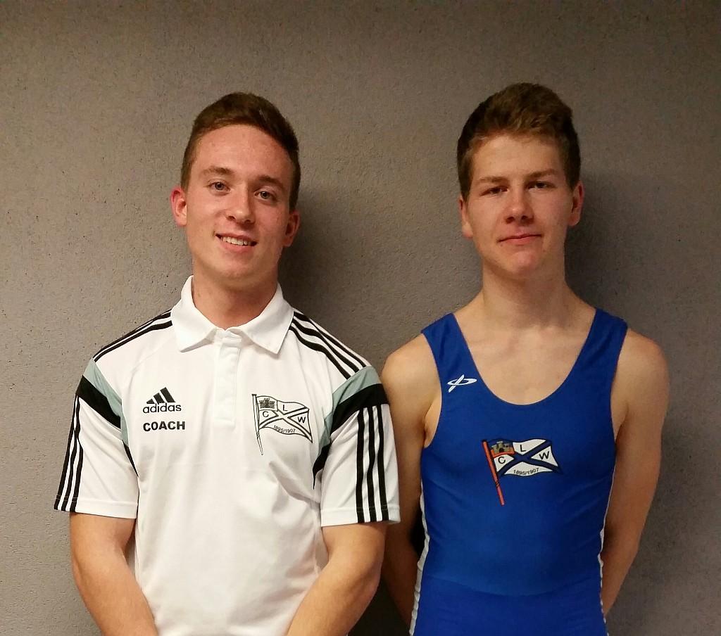 Falk Hantl (rechts) und sein Trainer Elias Sehr (links)