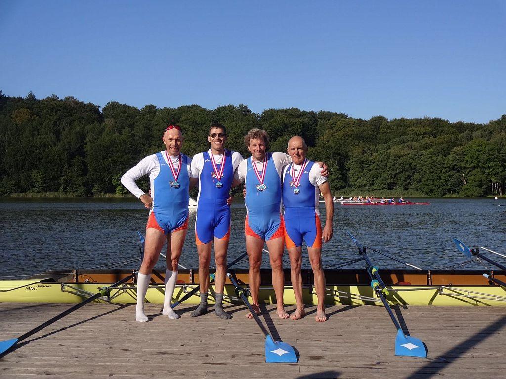 Sieg auf dem Bagsvaerd-See in Kopenhagen: Klaus Schuy, Nicolas Seiffert, Michael Sempf und Werner Gläser